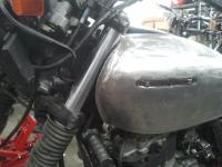 Suzuki_DR800_Tank_5