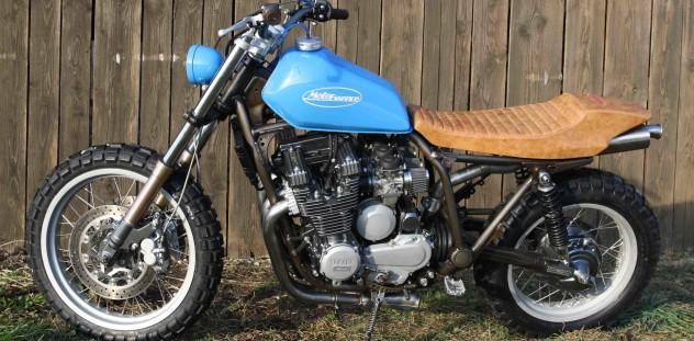 Moto Essence Sepia